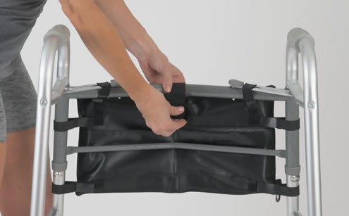 Fastening walker bag in a walker