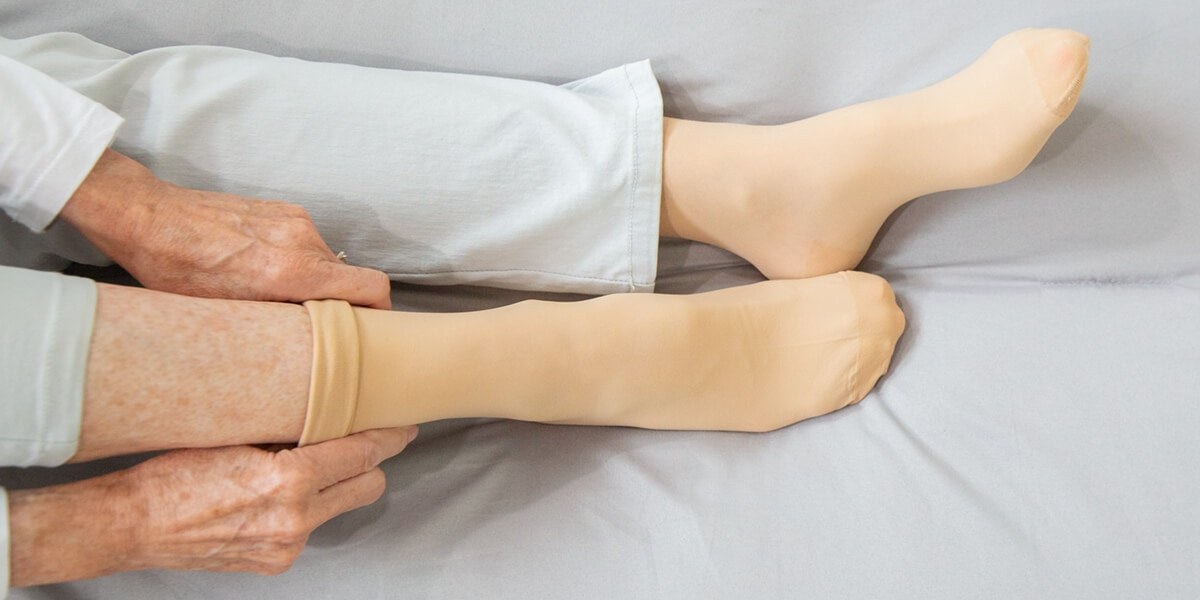 Fitting compression stocking