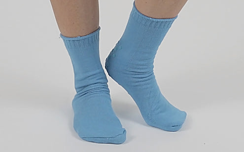 image of non slip hospital socks
