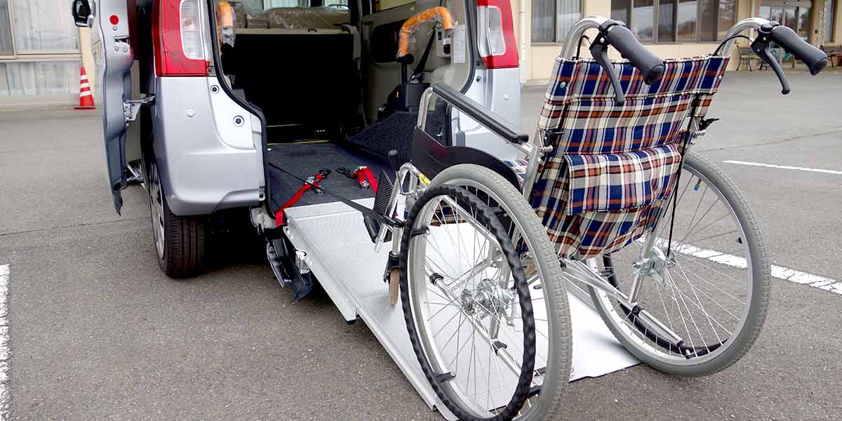Welfare vehicles and wheelchair