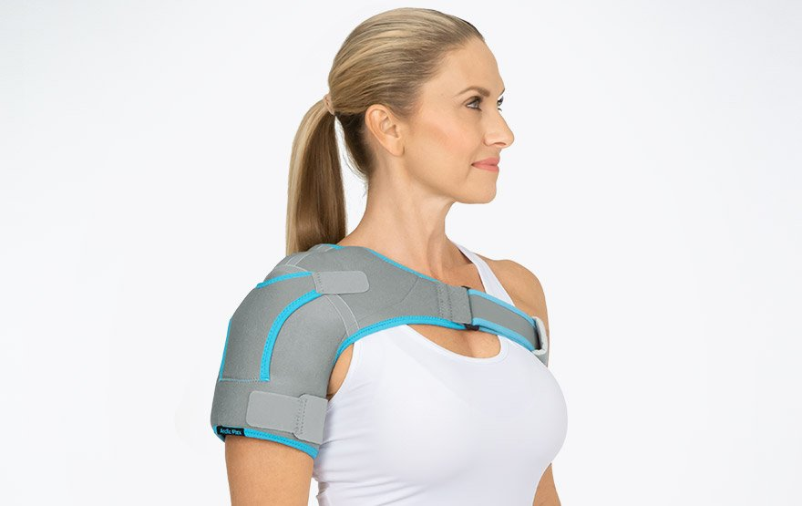 woman wearing shoulder brace