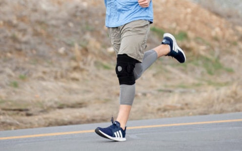 running with knee brace