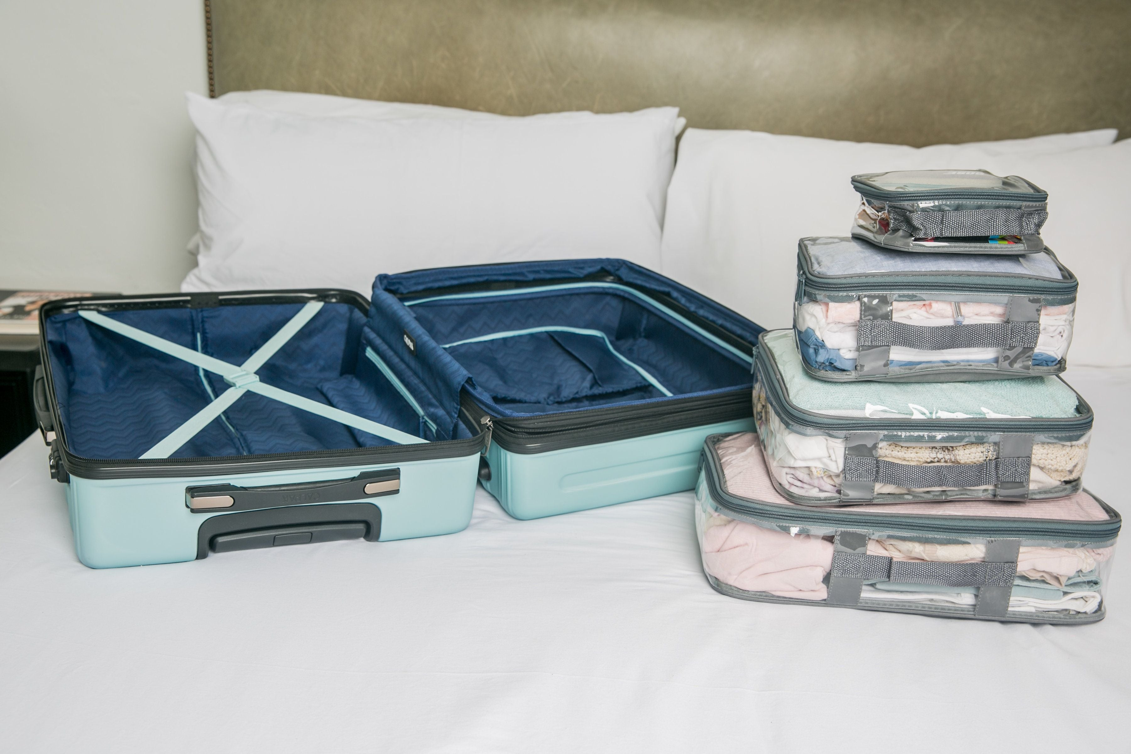 Carry on suitcase and starter set packing cubes
