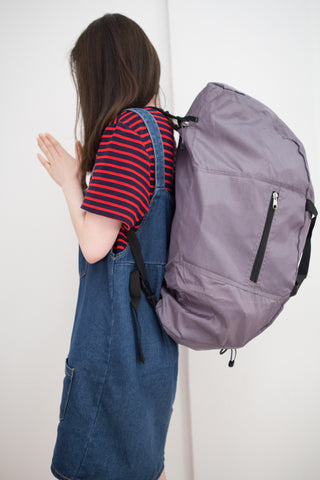 College freshman wearing EzPacking duffle bag