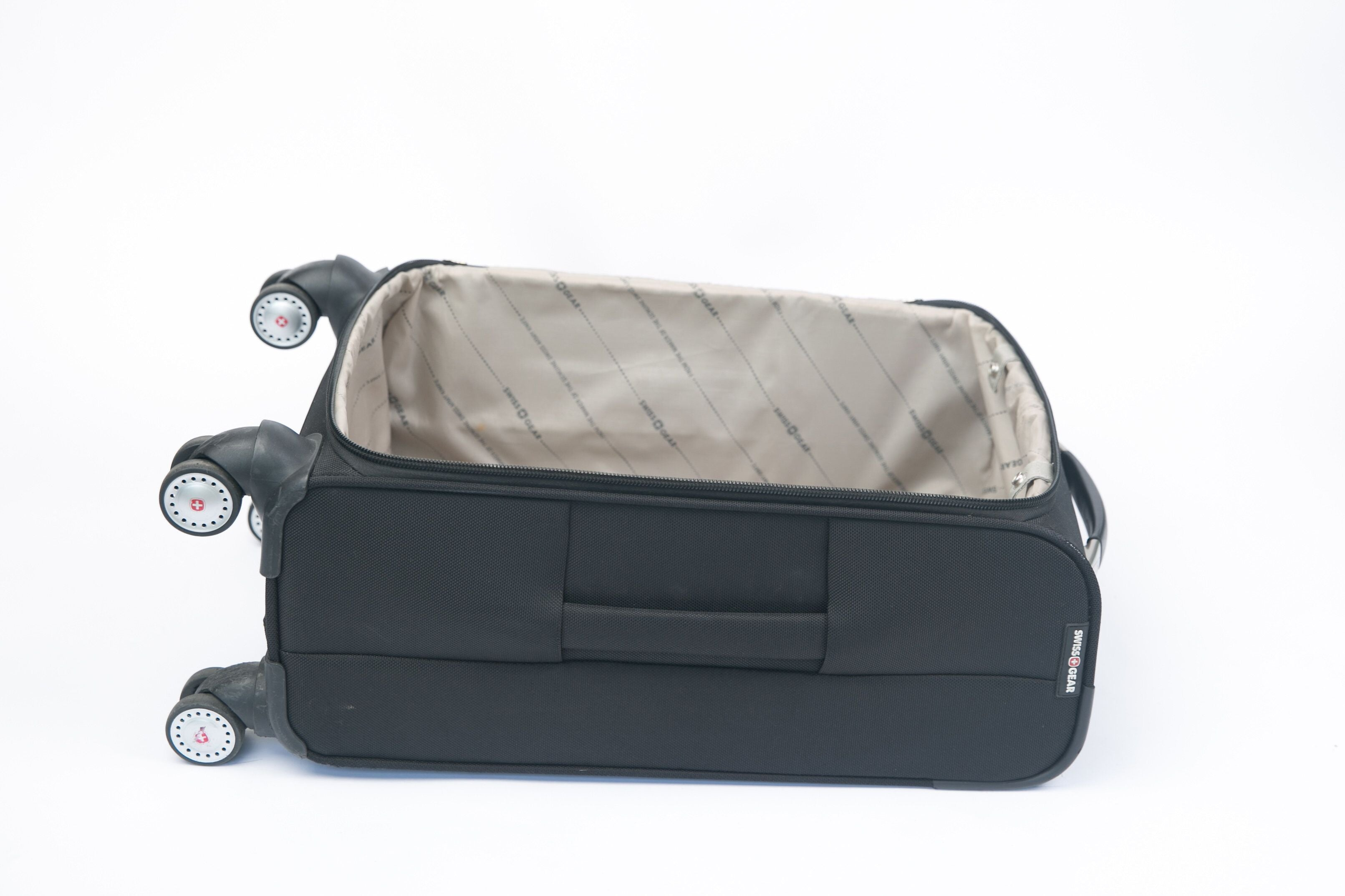Durable suitcase for travel