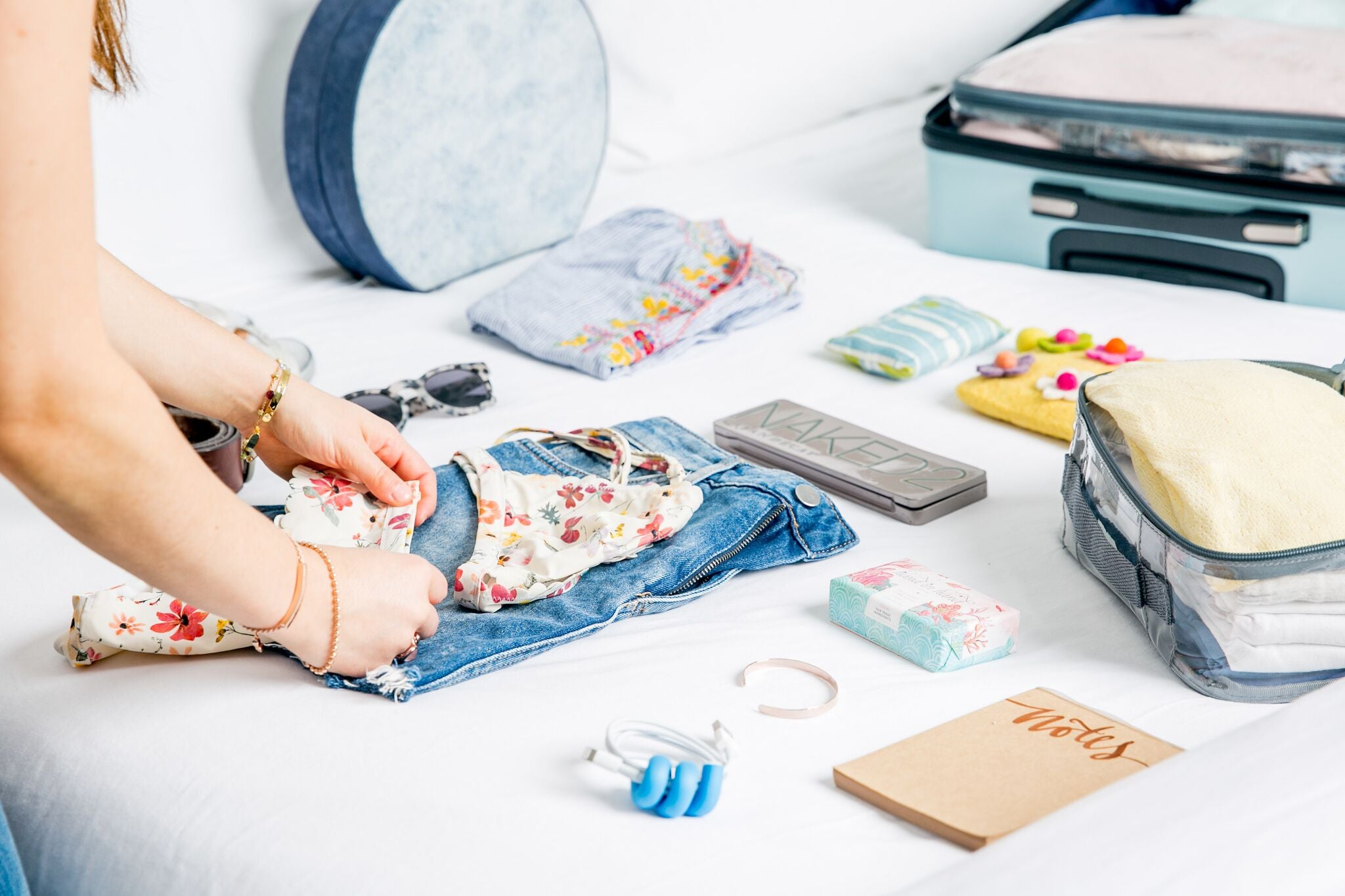 what to pack for hawaii: packing list for families for 1 week