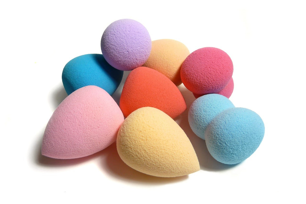 Makeup sponge for travel