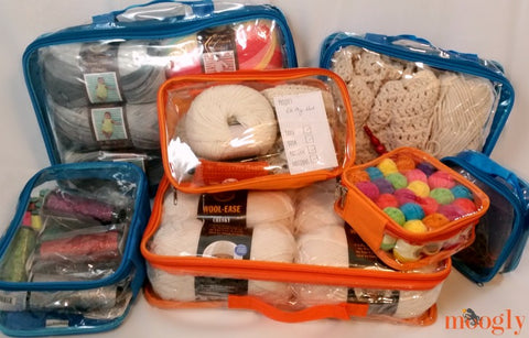 Packing-cubes-for-crochet-organization