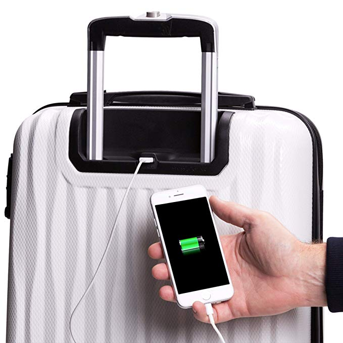 Spinner suitcase with USB charging port