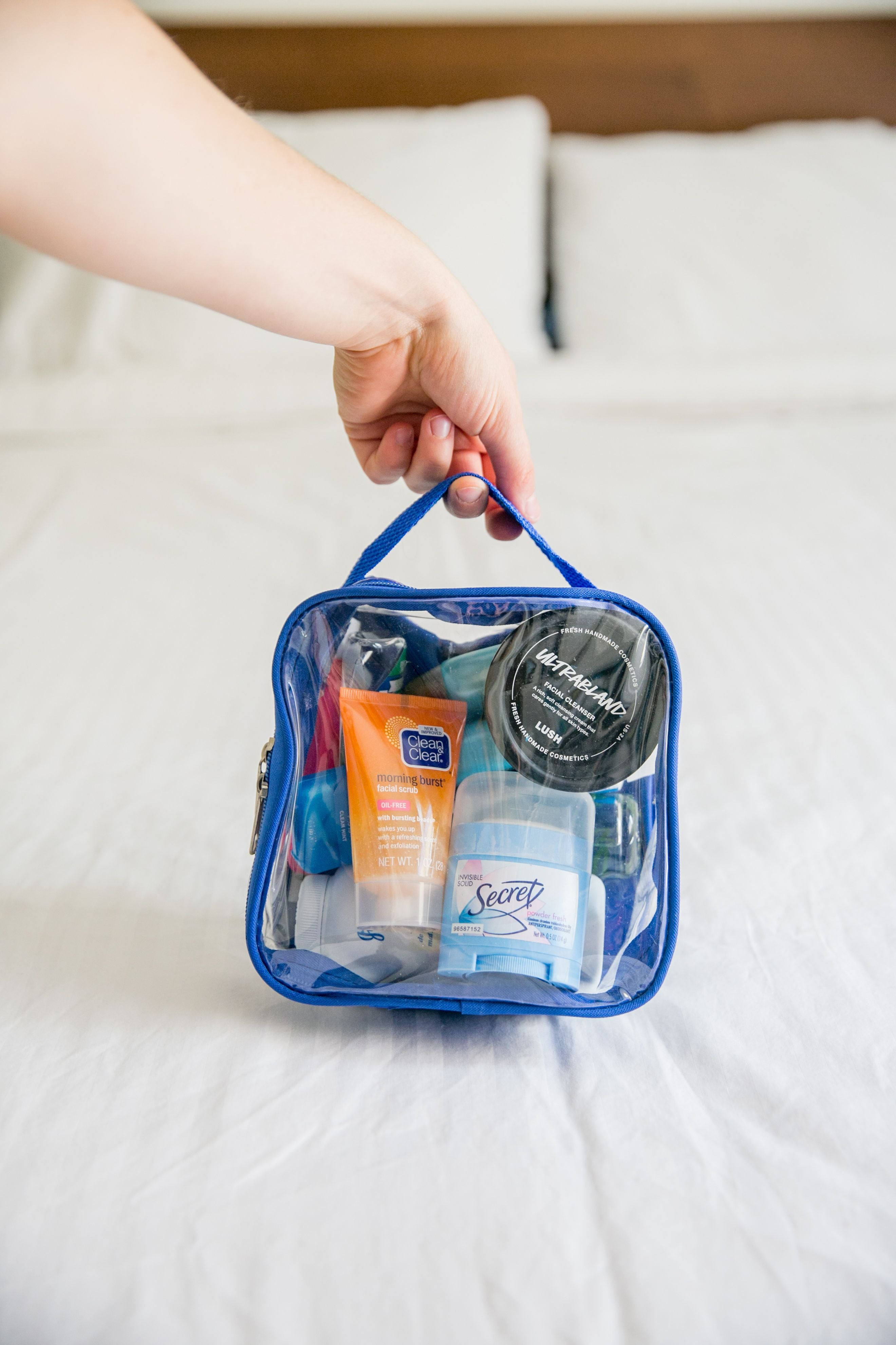 TSA Approved Toiletry Bag reinforced stitching and handle