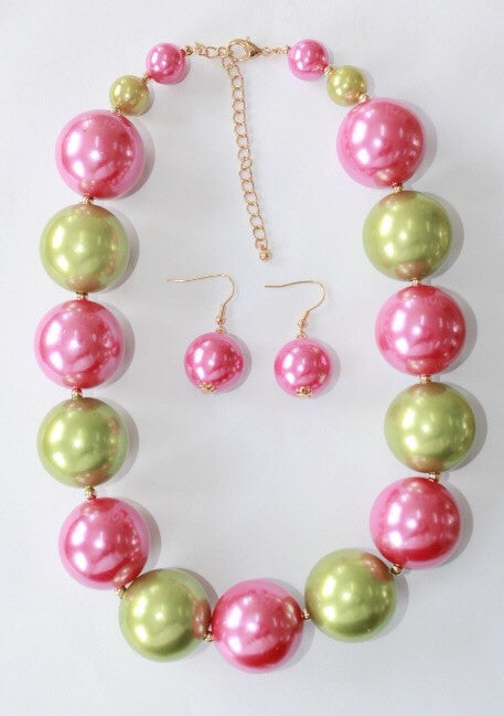 Pink and Green Pearl Necklace Set