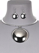 Round Silver Necklace Set