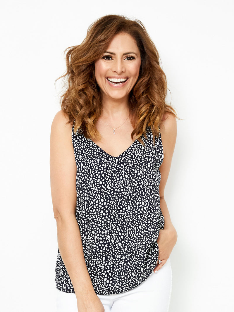ALL THINGS BEAUTIFUL NAVY CAMI