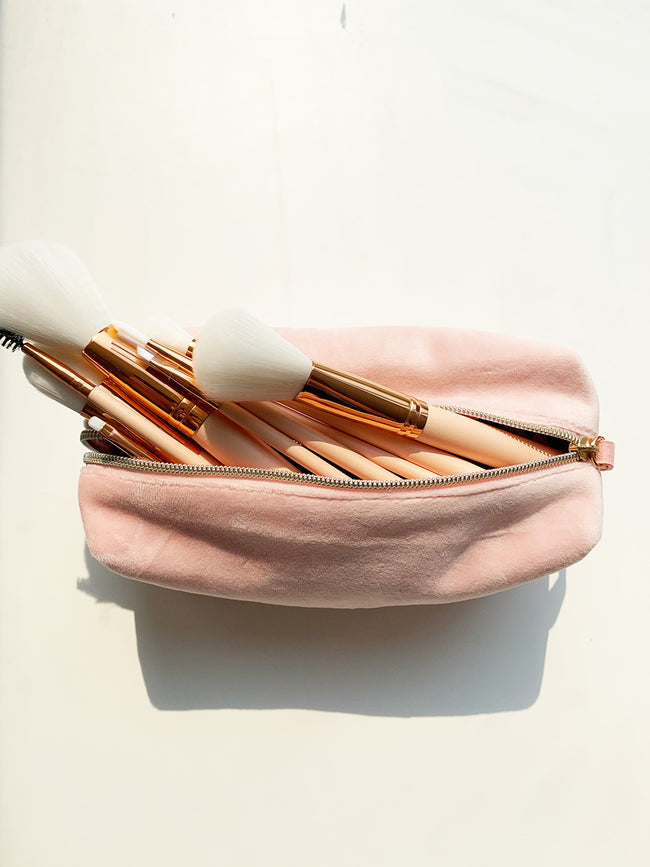 GLOSS & GLOW BEAUTY BAG IN BLUSH PINK