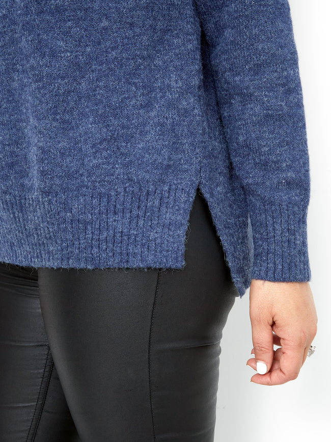 BE CHIC BLUE KNIT
