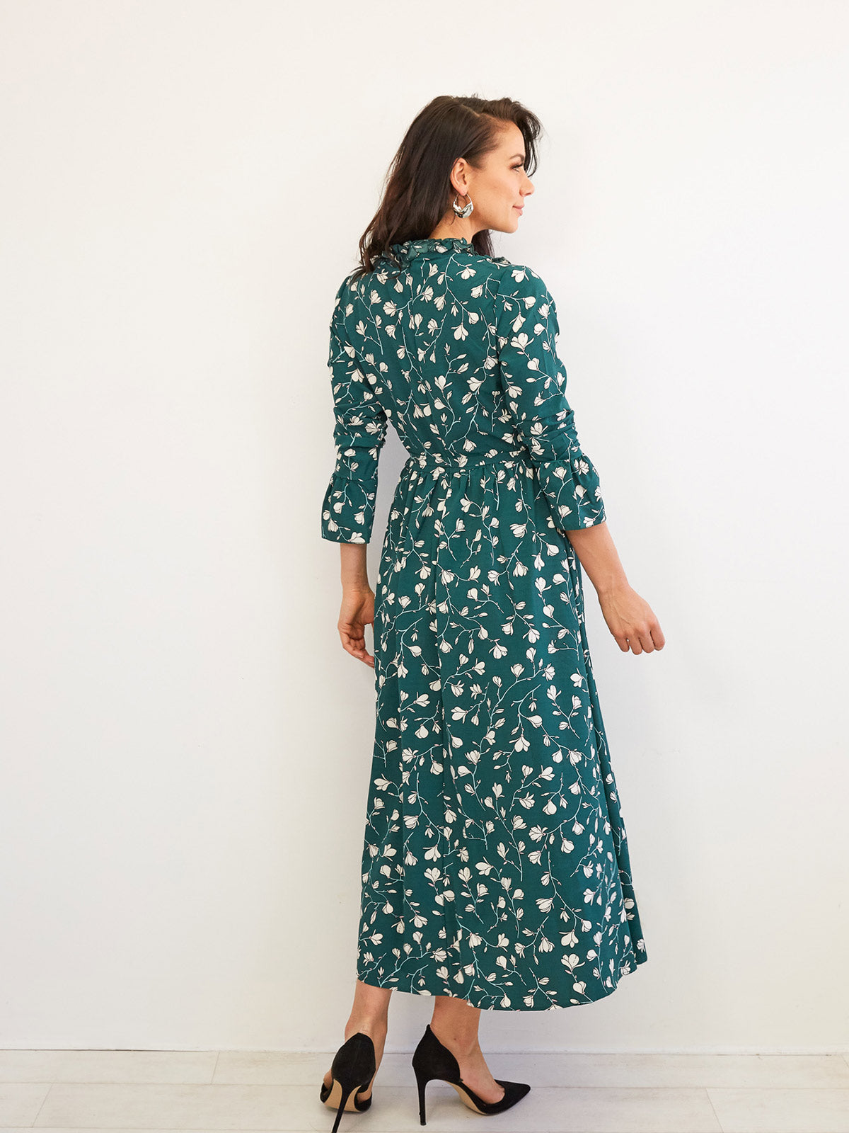 DAYS AT THE CHATEAU FLORAL DRESS IN GREEN