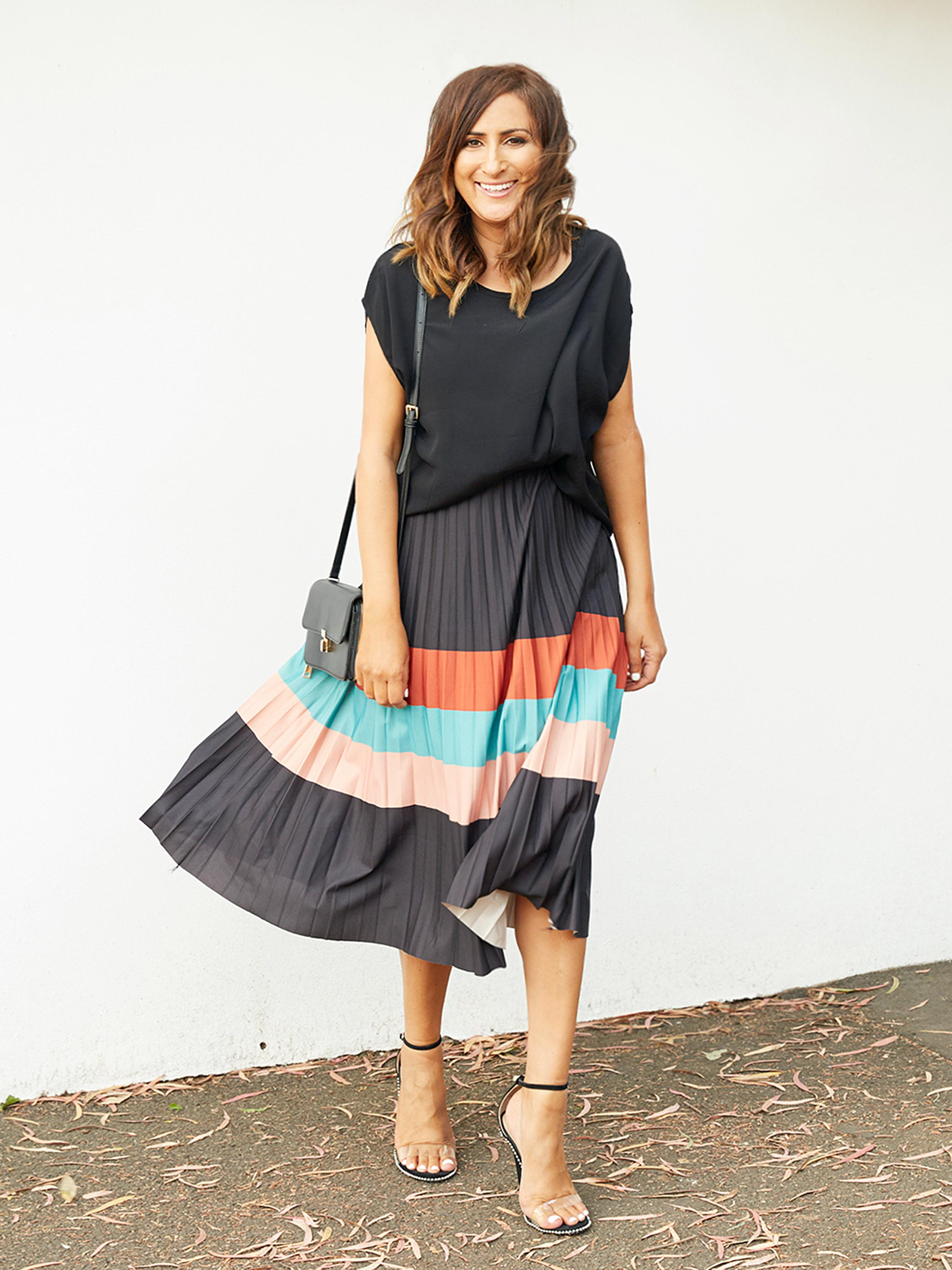 ELEGANT FLAIR PLEATED SKIRT
