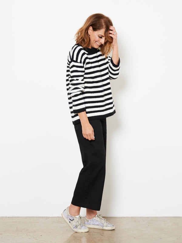 FREE SHADOW STRIPED KNIT