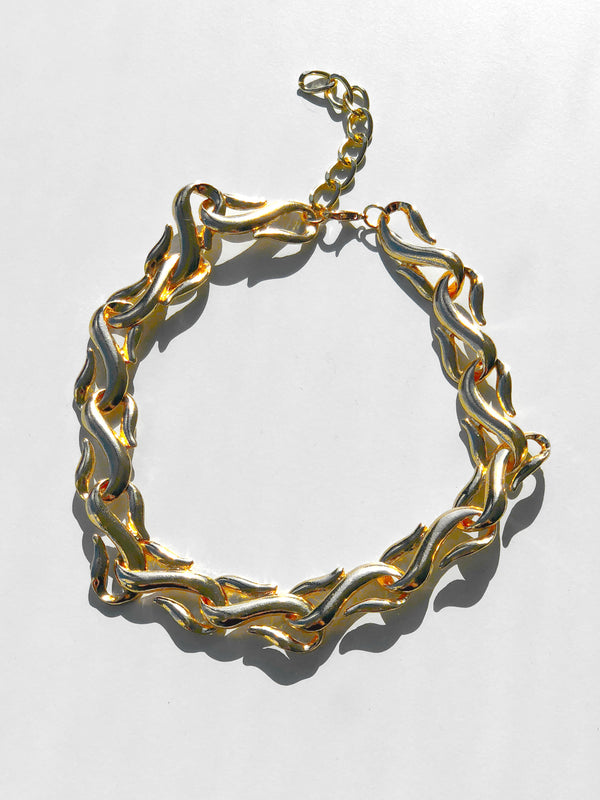 GILT DREAMS GOLD NECKLACE