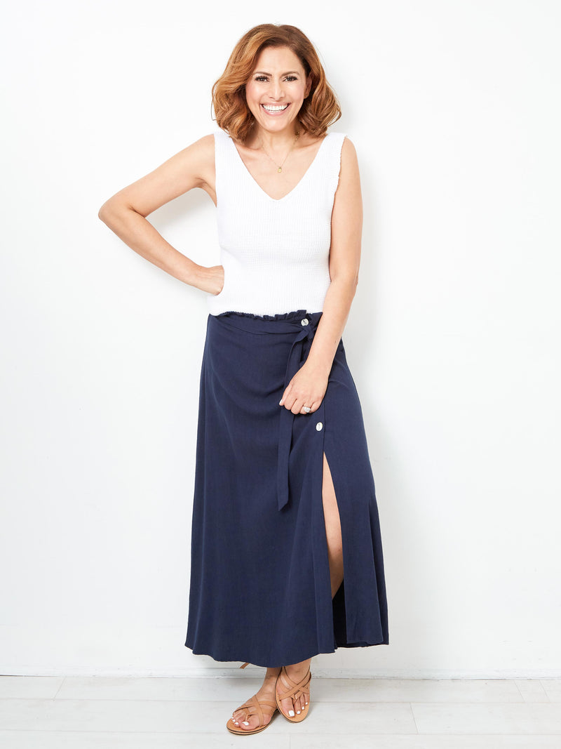 GRAB THE DREAM NAVY SKIRT