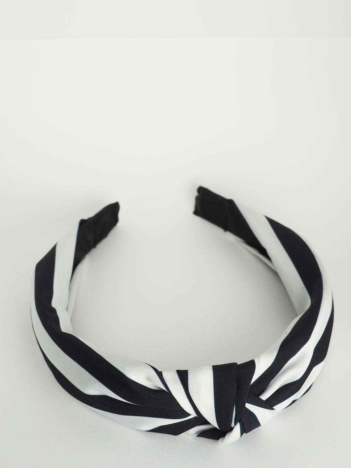 HELLO DARLING HEADBAND IN BLACK & WHITE STRIPE