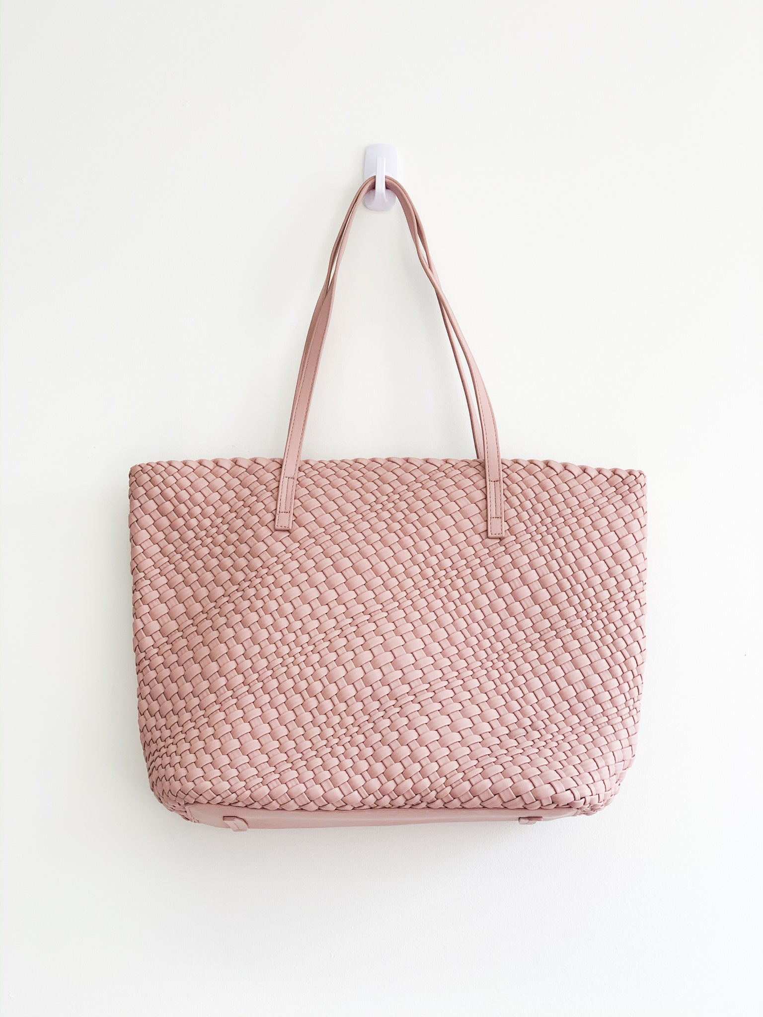 BOLD JOURNEY BRAIDED TOTE IN PINK