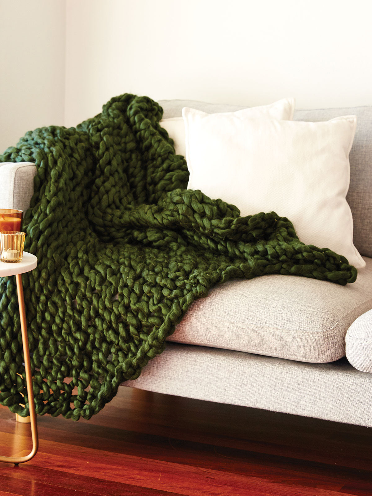 COSY UP LUXE THROW - OLIVE