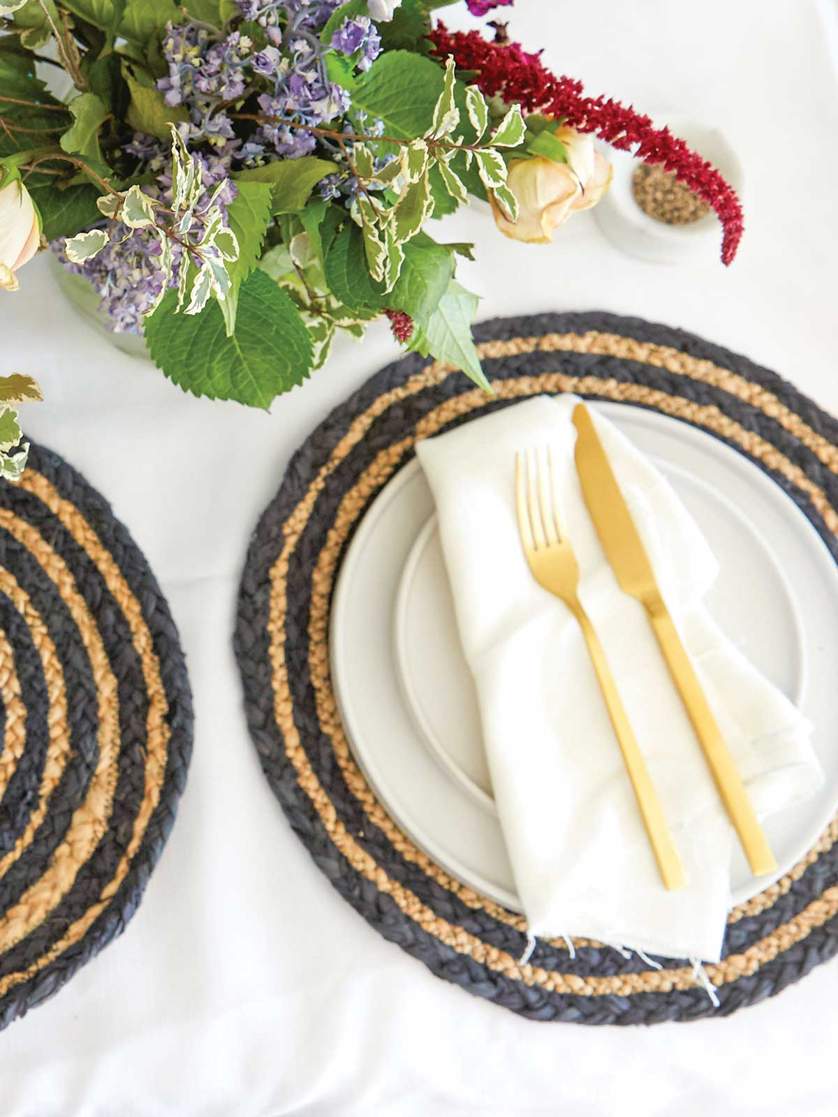 MALIBU WOVEN PLACEMATS (SET OF 4) - NAVY STRIPE