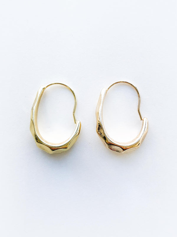 IMPRESSION LOOP EARRINGS