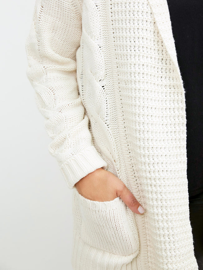 LIGHTNESS & LOVE CREAM CARDIGAN