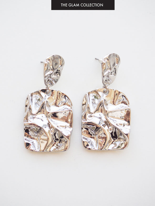 PARADISE DREAMING TEXTURED EARRINGS IN SILVER