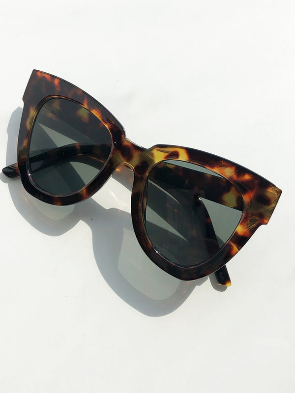 MEET ME IN ST TROPEZ SUNNIES