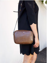 GRACIE CROSS BODY BAG IN CHOCOLATE