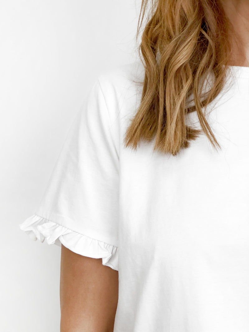 THE EVERYDAY WHITE TEE