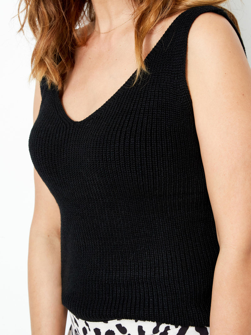 TOTAL ECLIPSE BLACK TOP