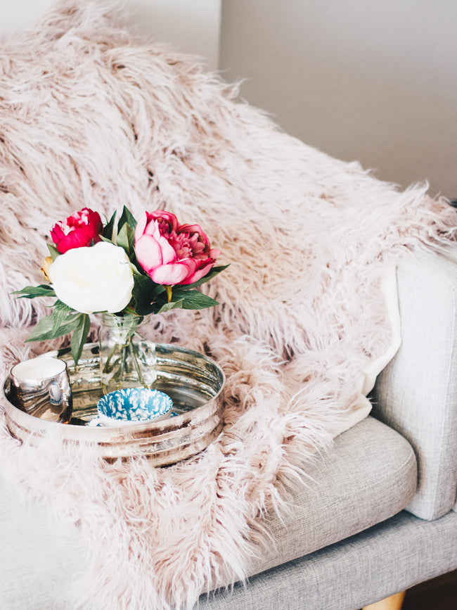 DUSTY ROSE LUXE THROW