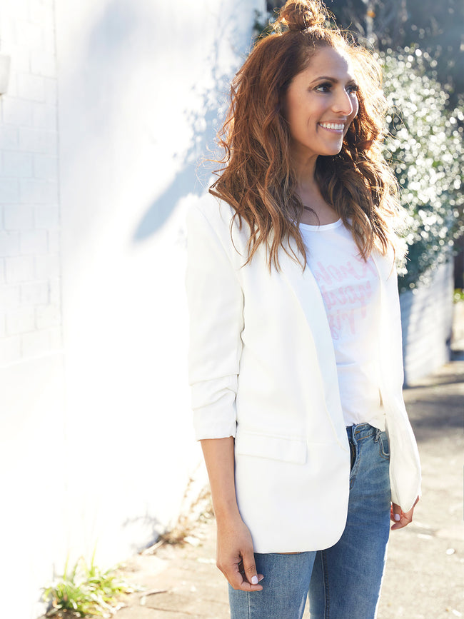 THE FEARLESS PURSUIT WHITE BLAZER