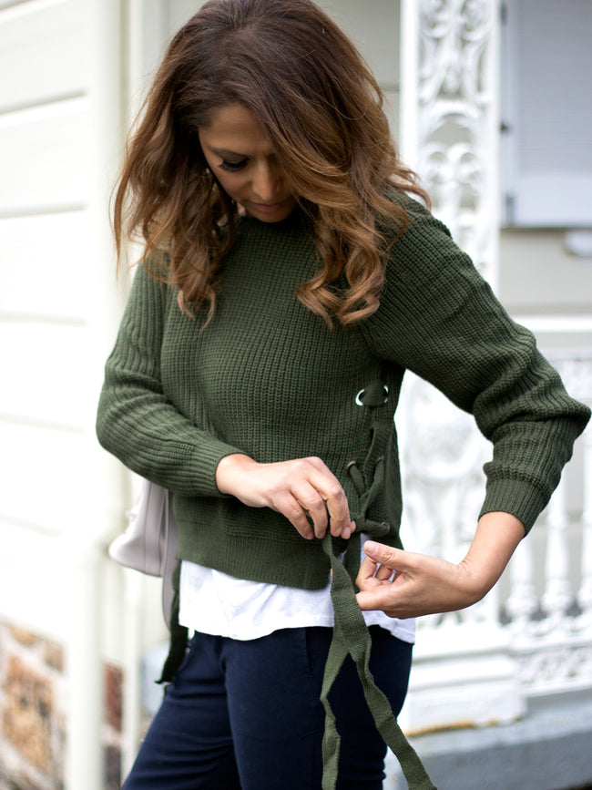 IN YOUR GREENS KHAKI TIE UP DETAIL KNIT