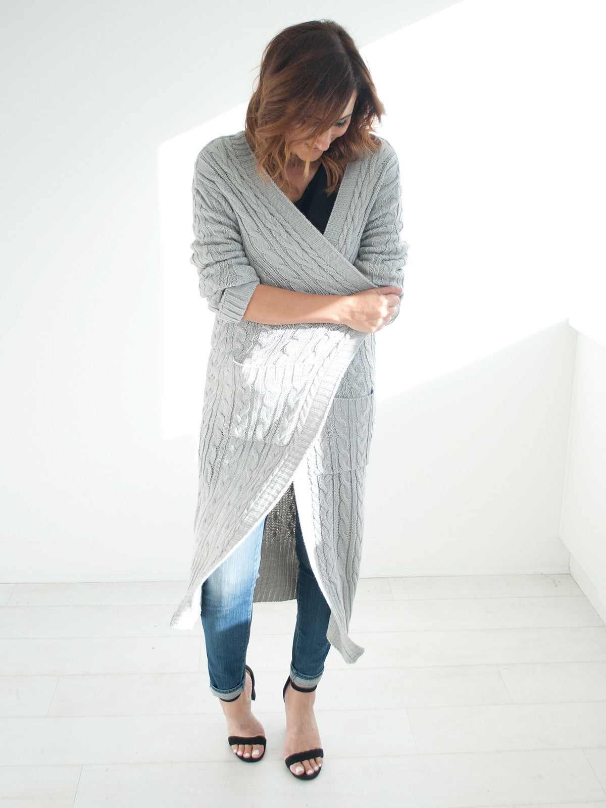 KEEP IT COSY GREY KNIT CARDI
