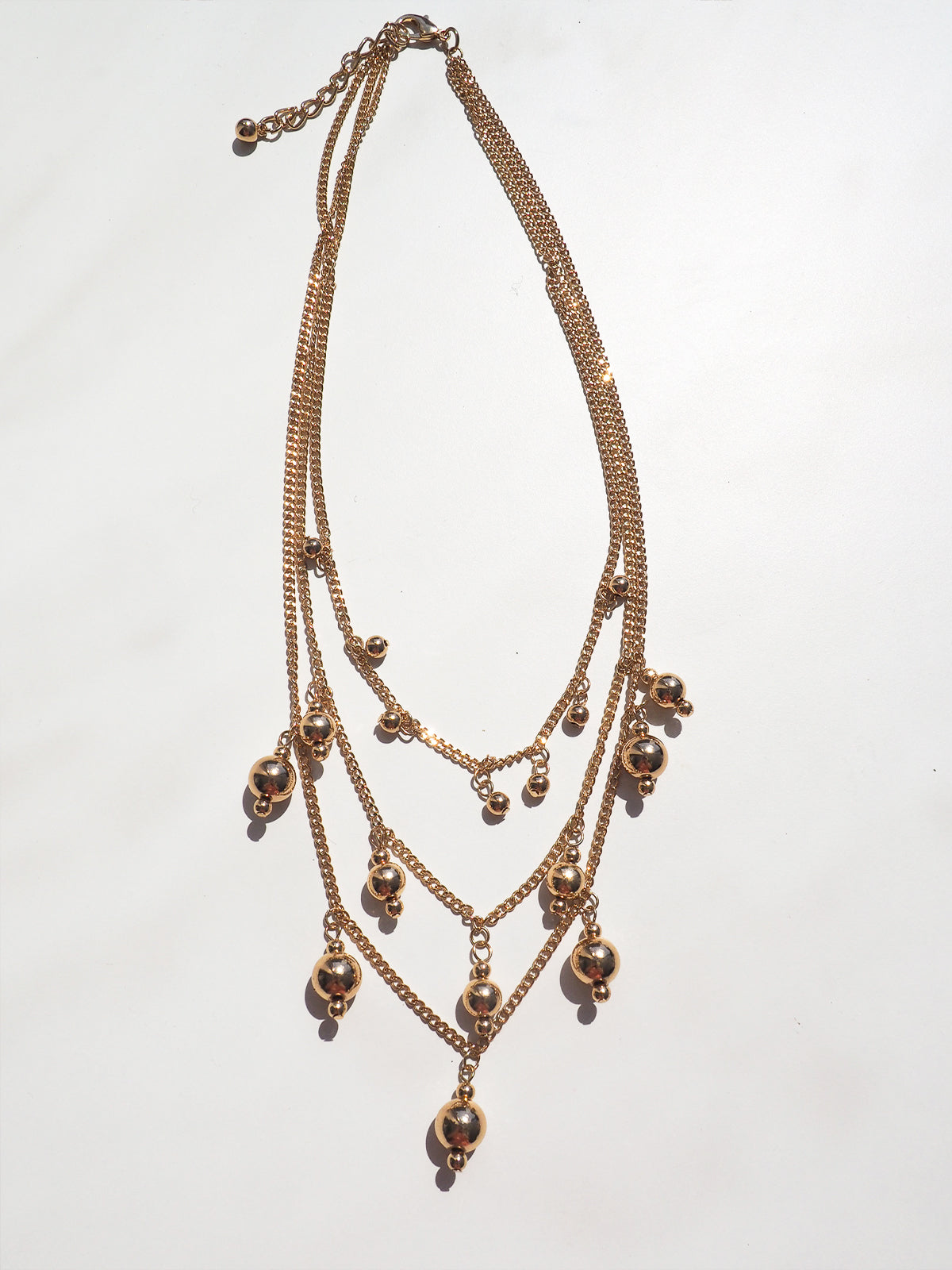 DEEP KISSES GOLD NECKLACE