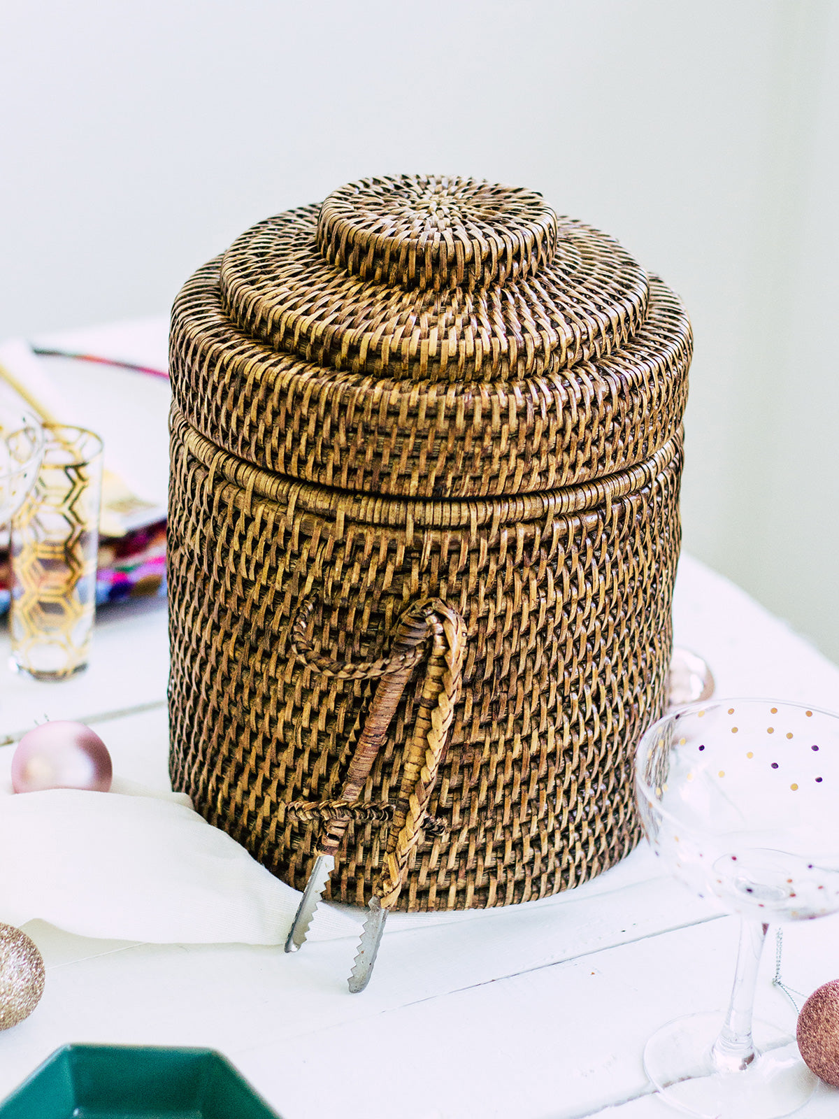 ISLAND TIME RATTAN ICE BUCKET