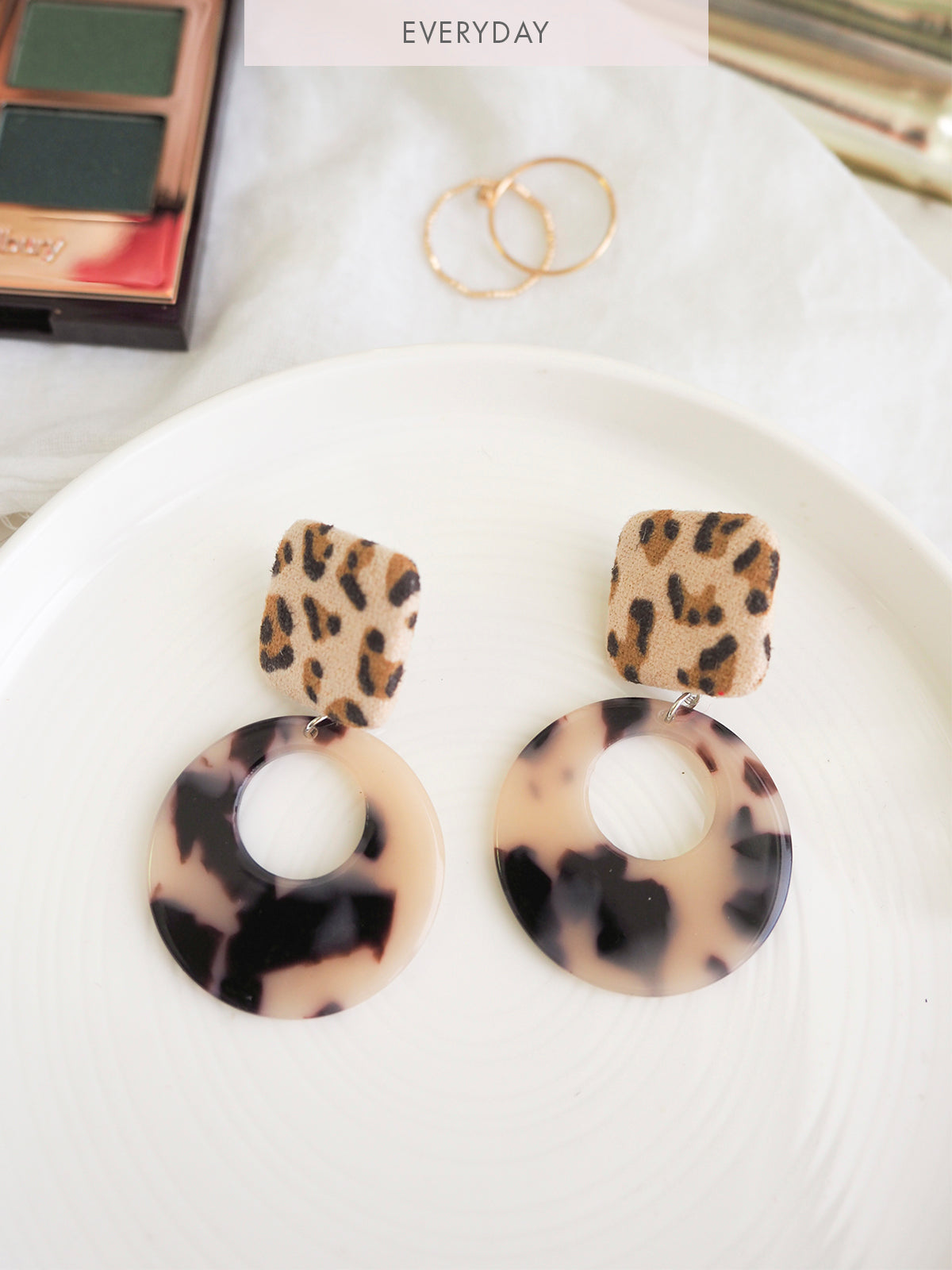 THE EAST ORDER LEOPARD EARRING
