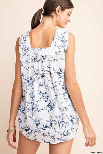 The Elizabeth Square Neck Sleeveless Top