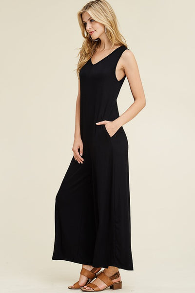 PRE-ORDER ITEM!! Essential Sleeveless Black Jumpsuit with Pockets!