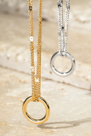 Simple Circle Pendant Necklace- 2 Colors!