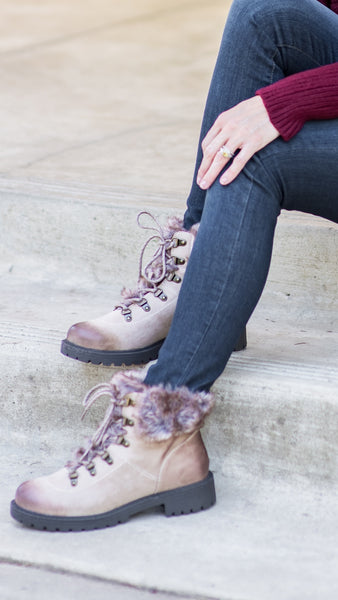 Boots with the Fur Lace Up Hiking Boot
