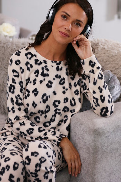 Super Soft Leopard Print Lounge Set