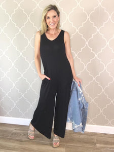 Essential Sleeveless Black Jumpsuit with Pockets!