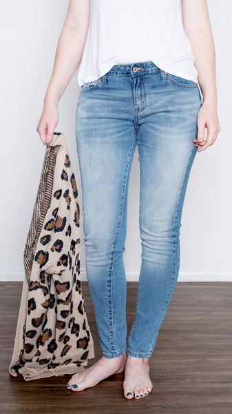 Non-Distressed Skinny Denim Medium Wash