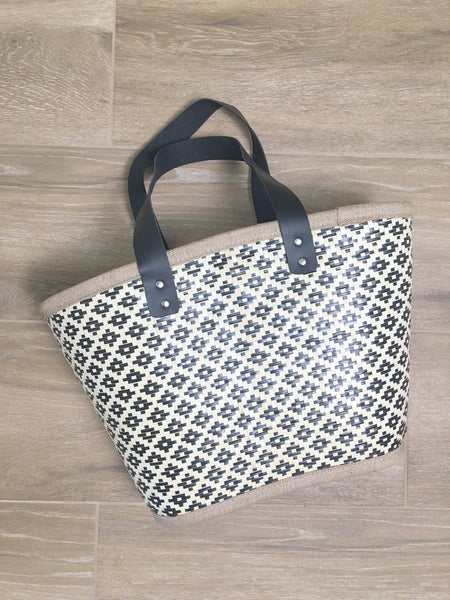 Geo Patterned Straw Beach Bag